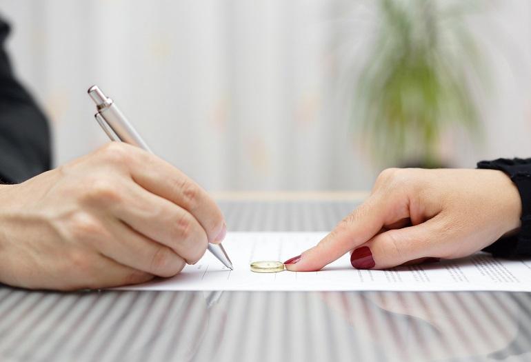 La separazione e il divorzio dei coniugi attraverso lo strumento della negoziazione assistita
