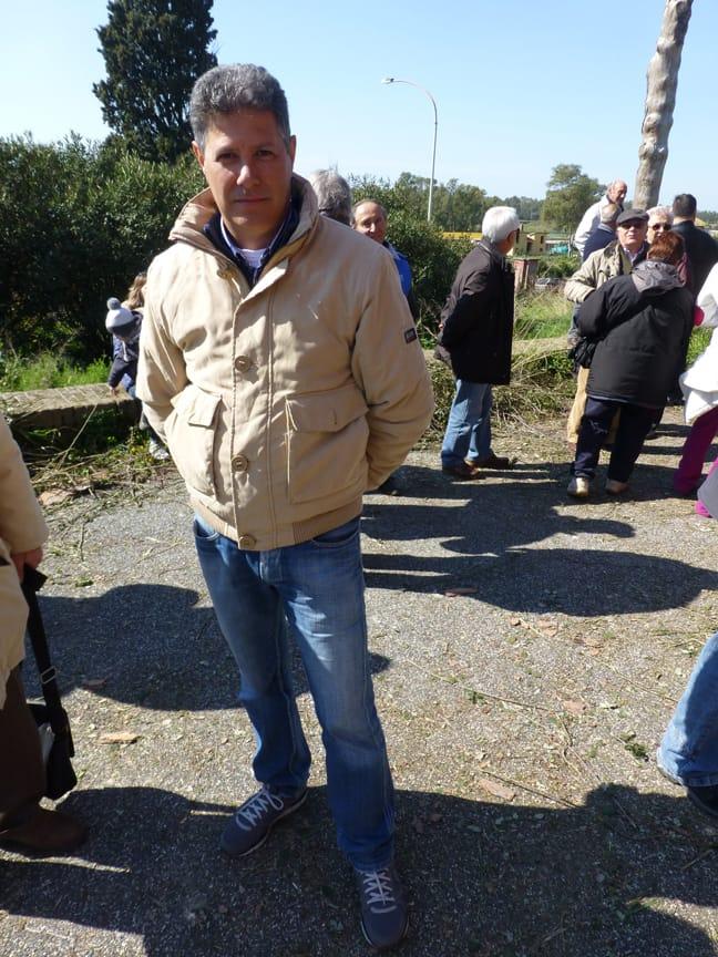 Aranova: Discariche abusive al posto delle strade!